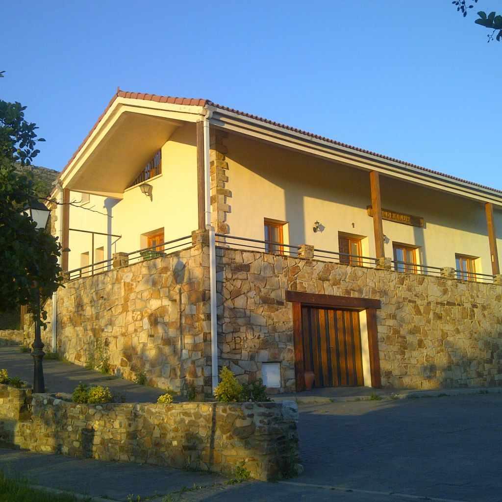 CALUMET-Albergue de Berzosa Casa rural CALUMET-Albergue de Berzosa